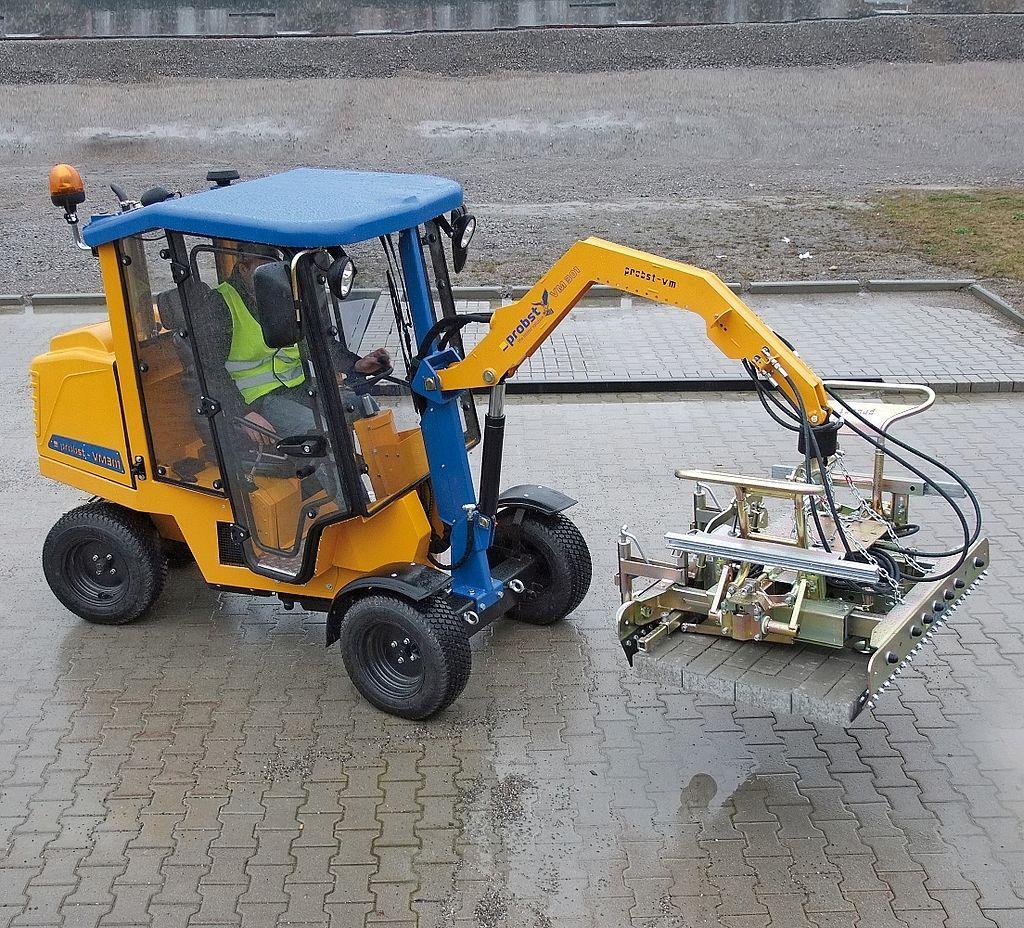 Enclosed cab for P<span>AVER</span>MAX VM 301